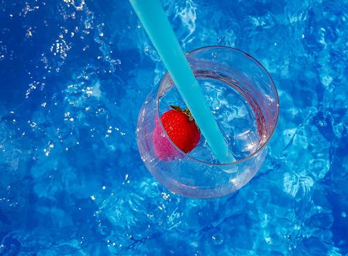 Pool-Space-Night im Wananas